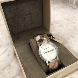 Burberry Mens Classic Haymarket Check Chronograph